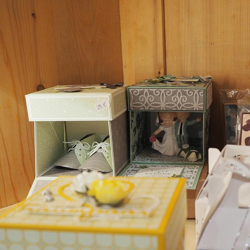 papier explosionsboxen fuer verschiedene anlaesse wie geburt oder hochzeit
