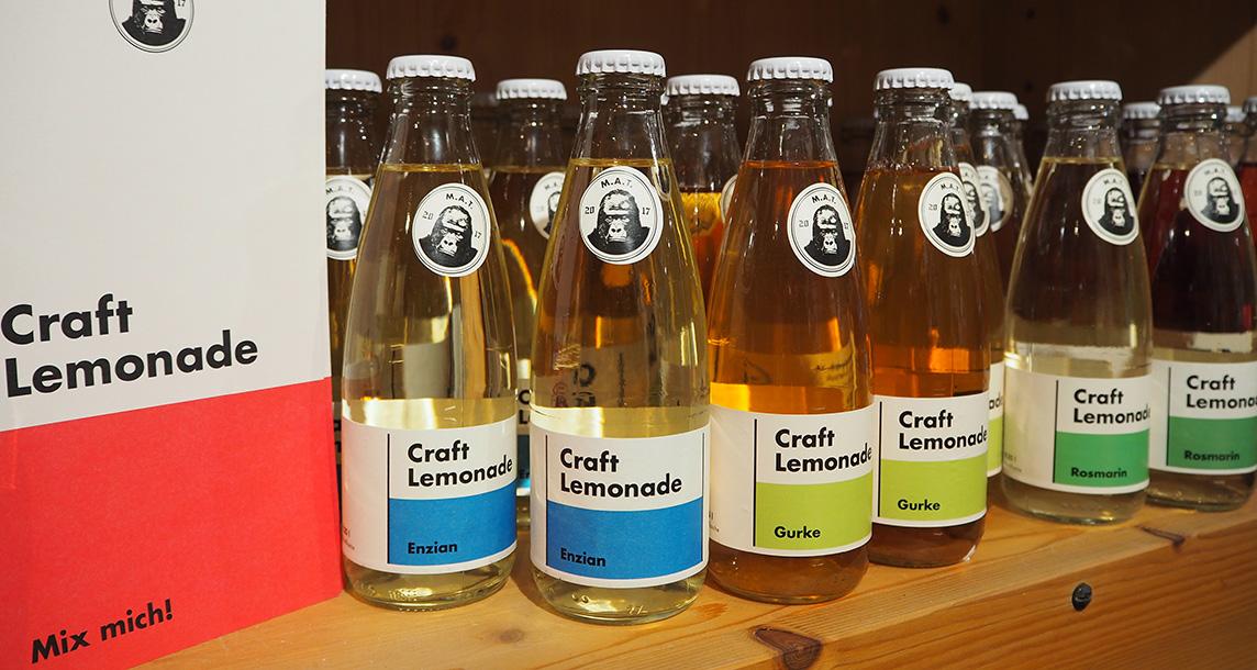 limonaden in verschiedenen geschmacksrichtungen der firma M.A.T.